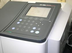 紫外可視分光光度計
