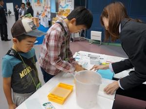 小学生インターンシップ:はがき作り