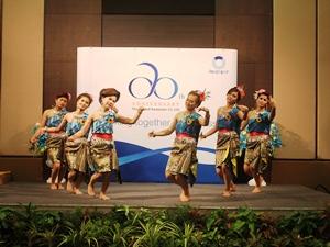 TUA社員によるタイ舞踊