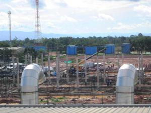建築中の工場棟(2013年6月5日現在)